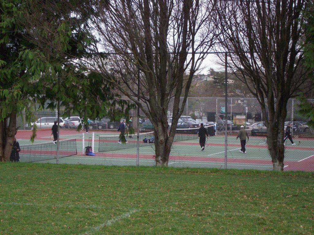 tennis-tourist-Beacon-Hill-Park-tennis-courts-Victoria-British-Columbia-Canada-teri-church