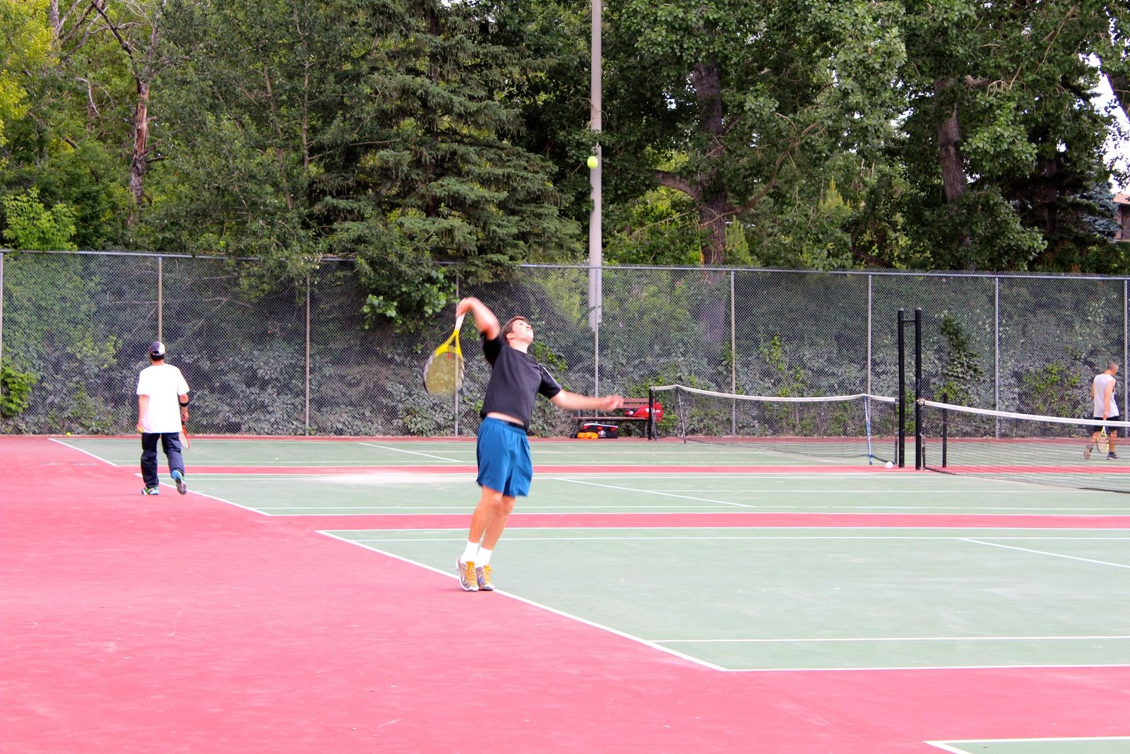 tennis-tourist-stanley-park-calgary-teri-church