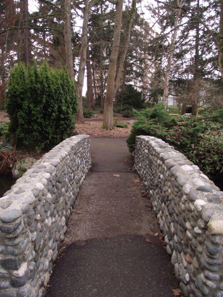tennis-tourist-Beacon-Hill-Park-Victoria-British-Columbia-teri-church