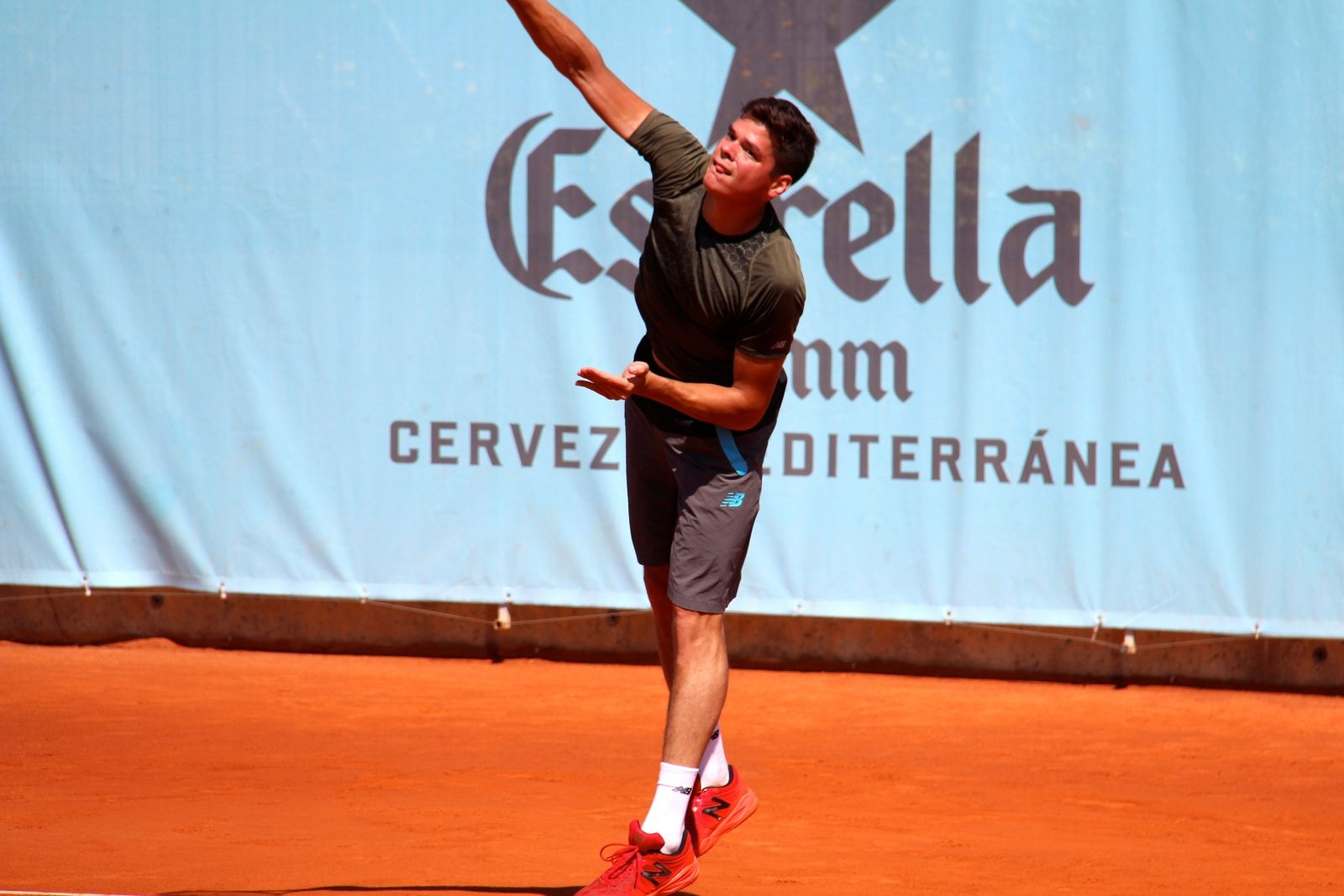tennis-tourist-caja-magica-madrid-milos-raonic-practice-teri-church