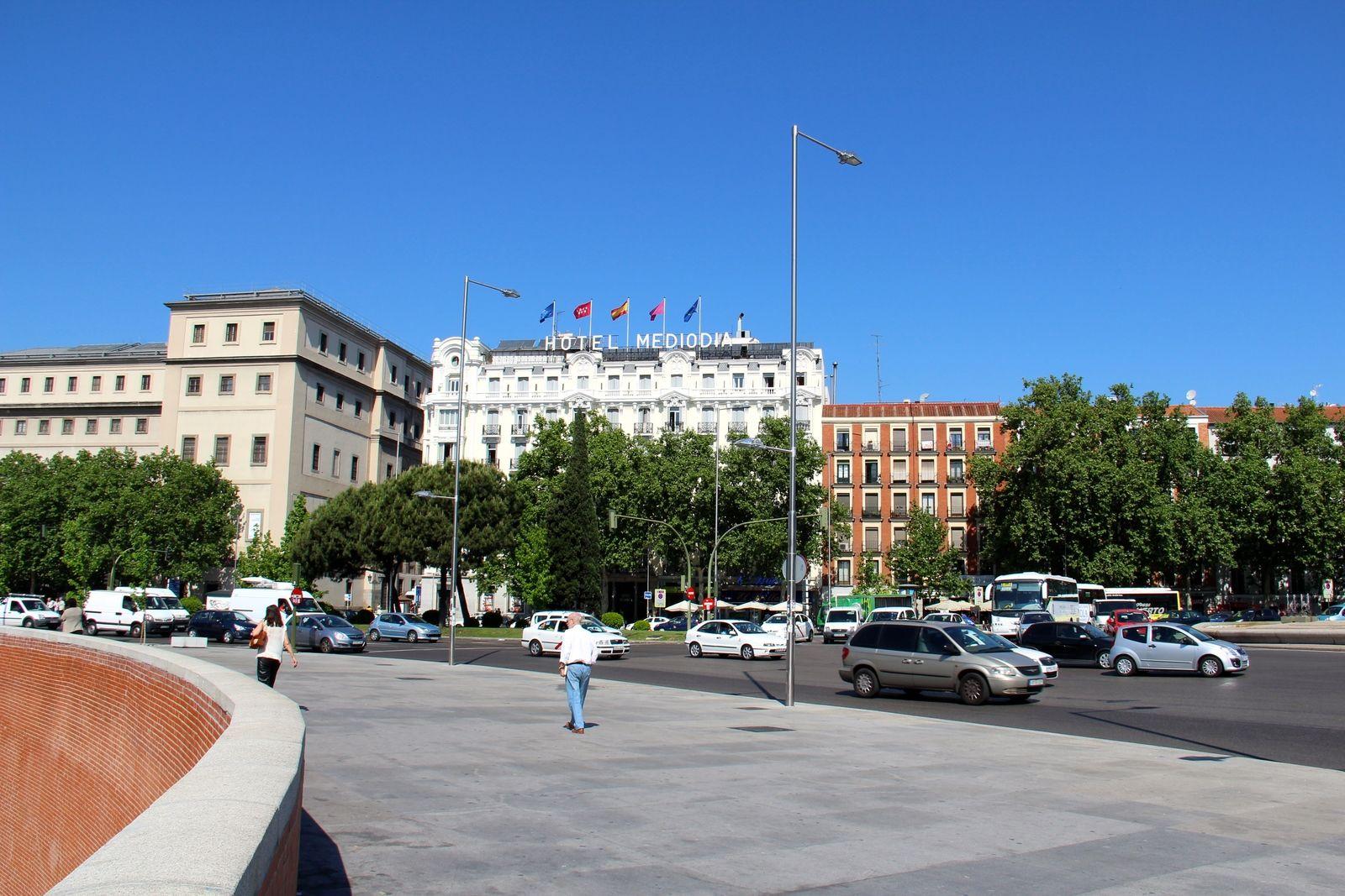 tennis-tourist-madrid-spain-hotel-mediodia-front-of-building-wide-shot-teri-church