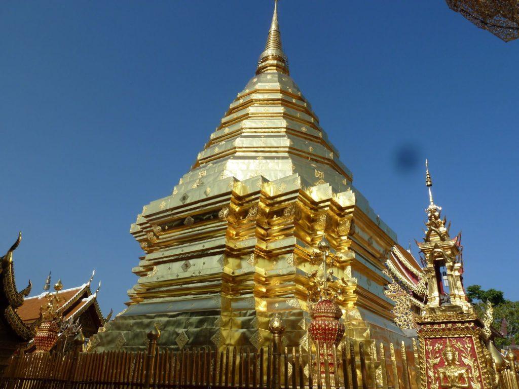 Tennis-Tourist-Wat-Phra-That-Doi-Suthep-gold-dome-Chiang-Mai-Thailand-teri-church