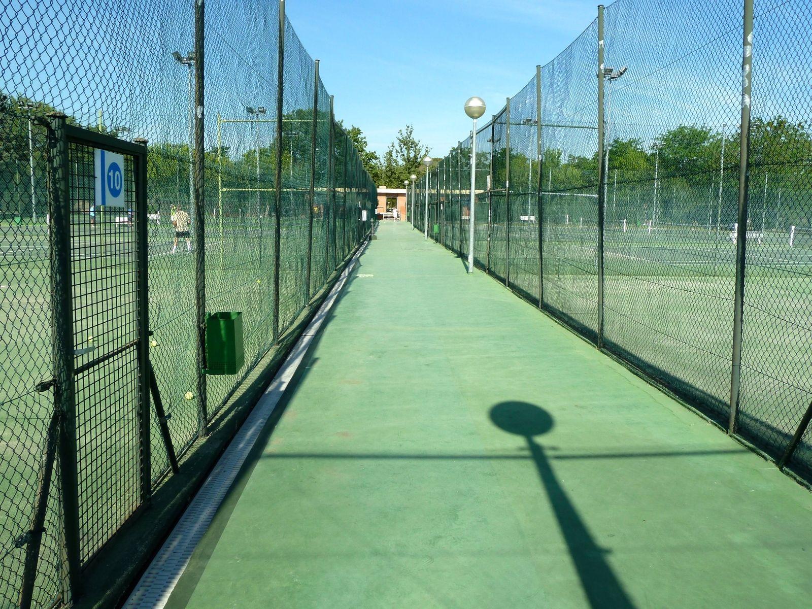 Casa de campo tennis courts madrid spain tennis tourist - Casa de campo park ...