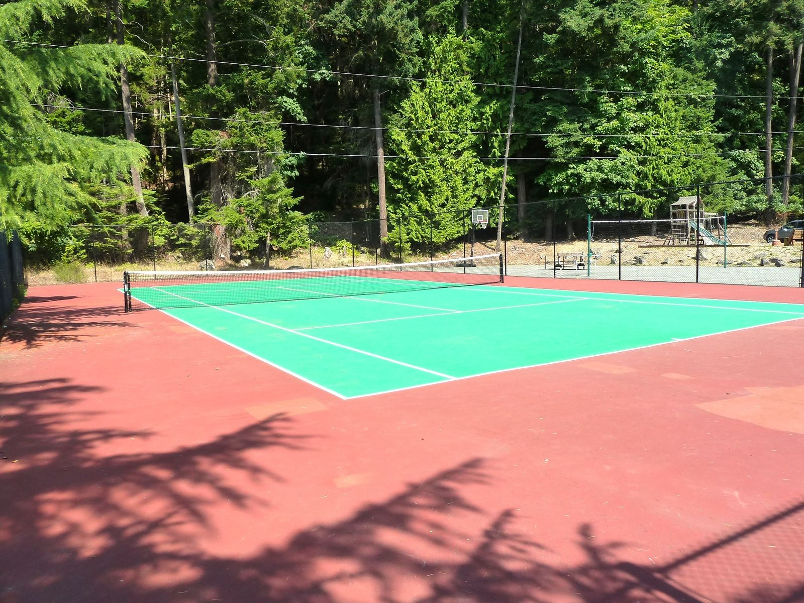tennis-tourist-poets-cove-pender-island-tennis-court-teri-church