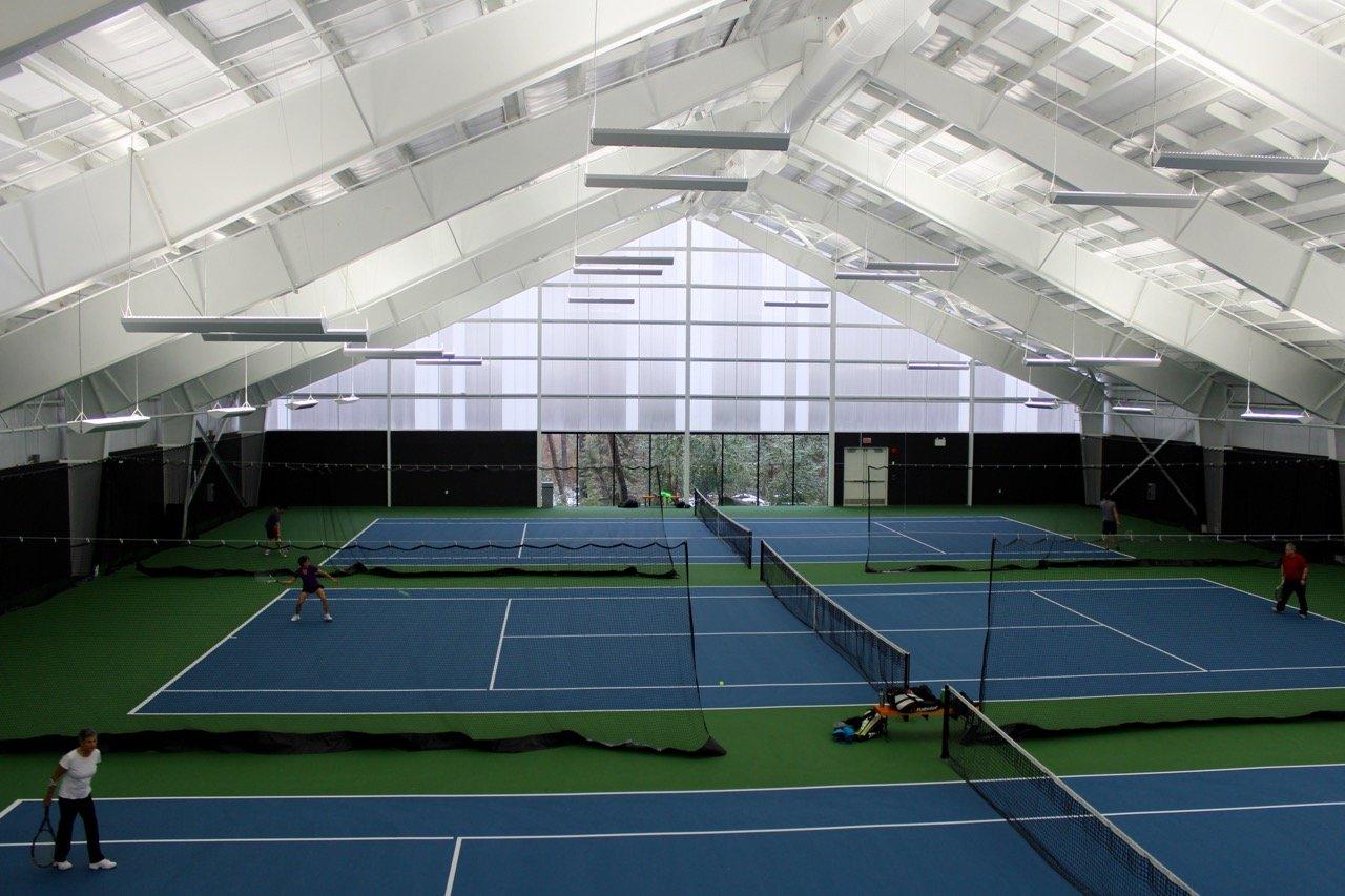 tennis-tourist-north-vancouver-tennis-centre-roof-teri-church