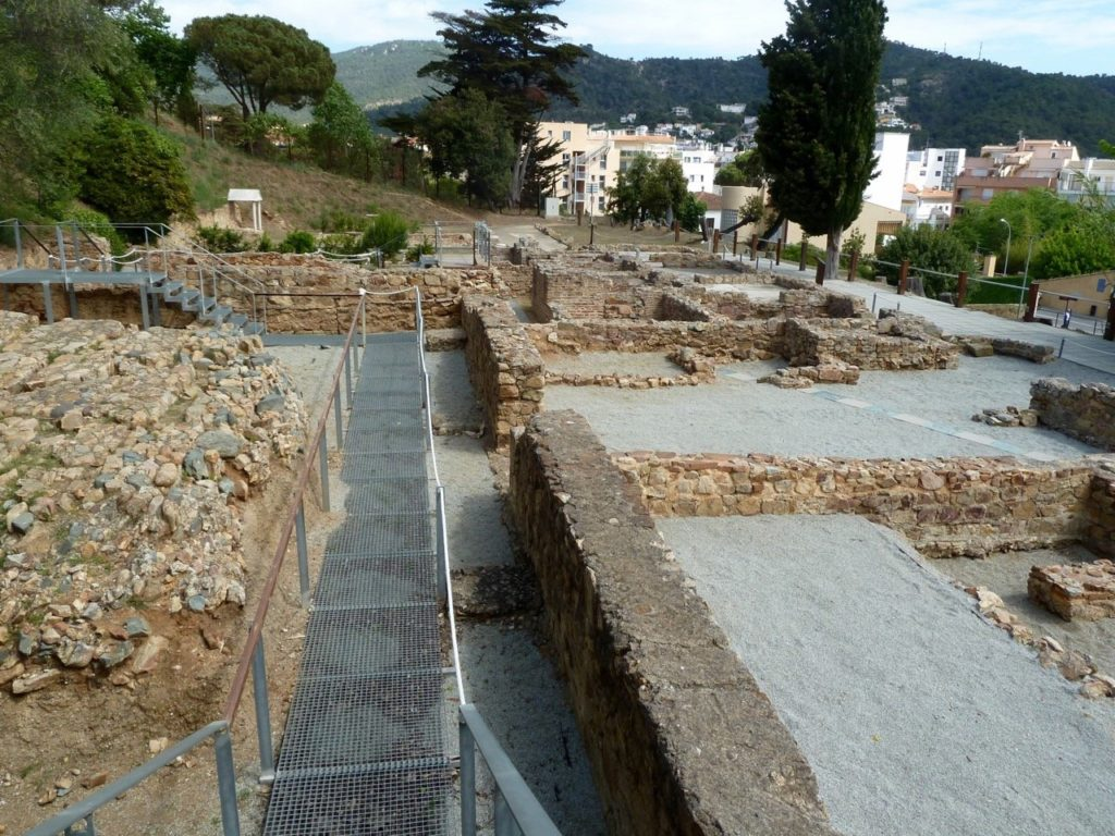 tennis-tourist-tossa-de-mar-spain-Els-Ametllers-roman-ruins-villa-from-above-teri-church