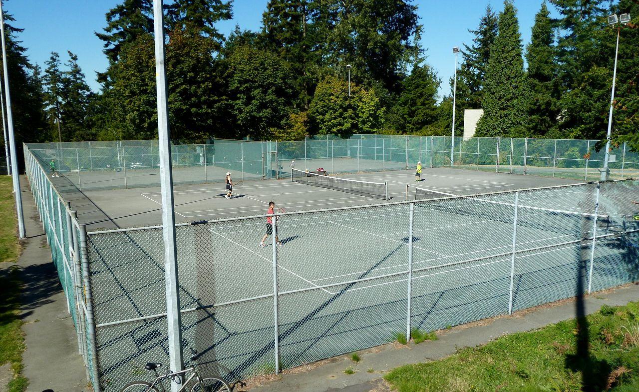 tennis-tourist-crescent-park-surrey-tennis-court-from-above-teri-church