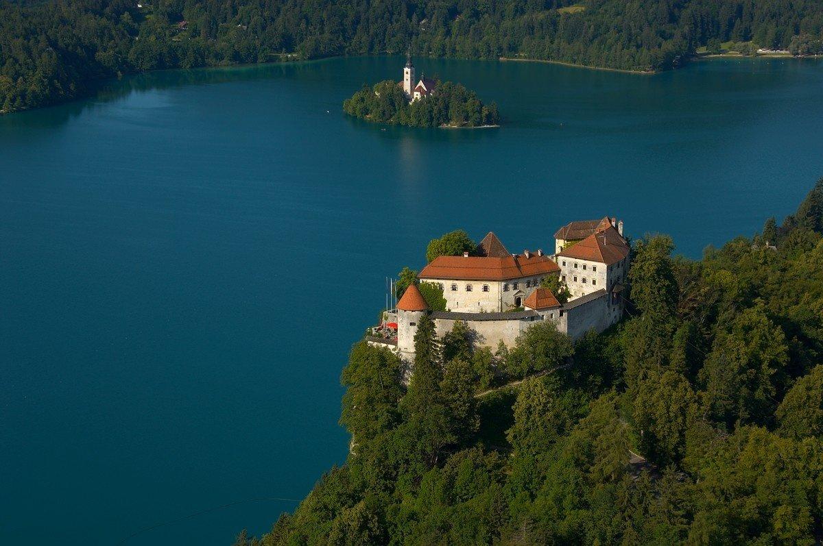 tennis-tourist-bled-slovenia-Bled-Castle