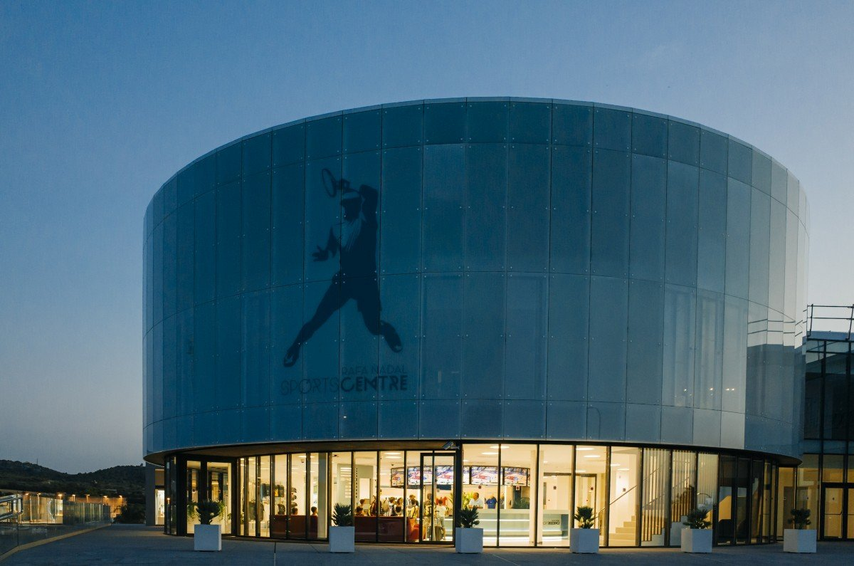 Rafa-Nadal-Academy-Mallorca-Spain-entrance-building