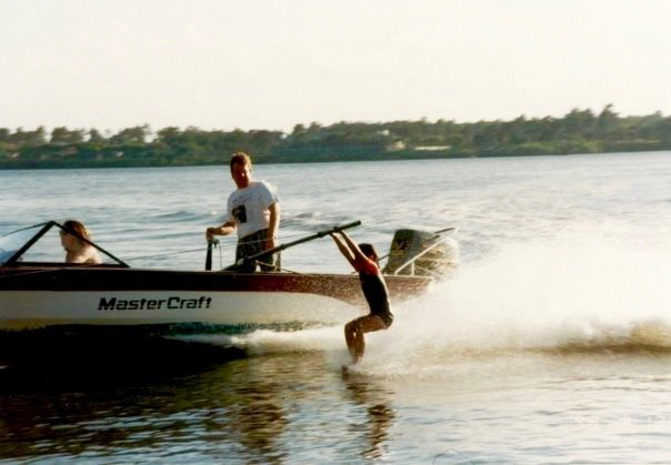 tennis-tourist-frederic-dewitte-club-med-water-skiing