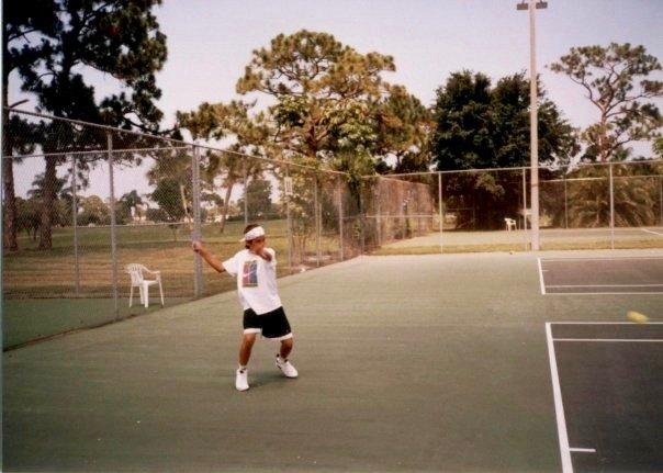 tennis-tourist-frederic-dewitte-club-med-child-tennis