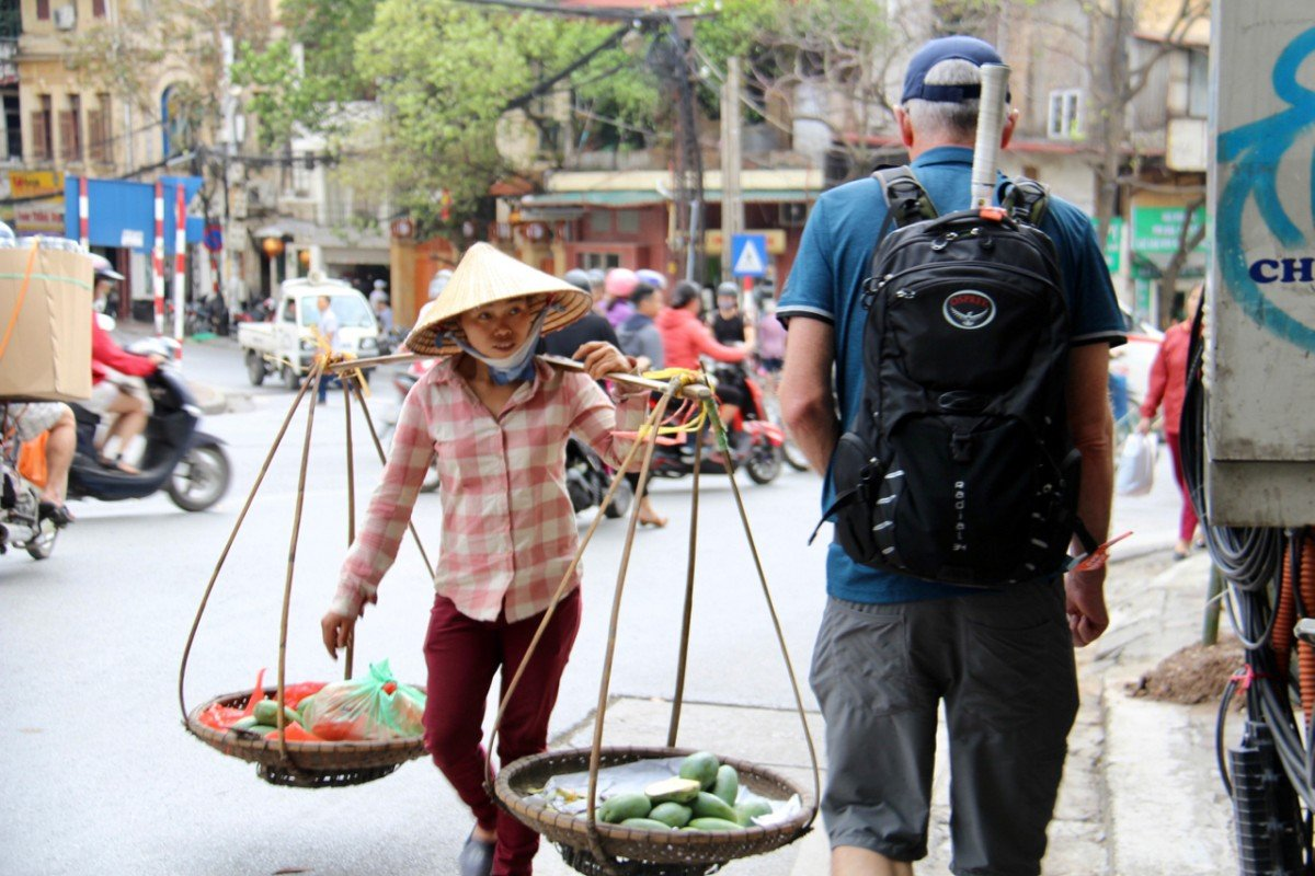 tennis-tourist-hanoi-woman-vegetable-seller-teri-church
