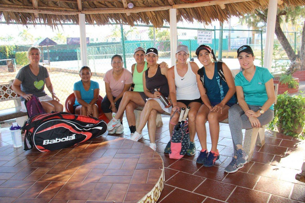 tennis tourist las gaviotas mazatlan ladies tennis players