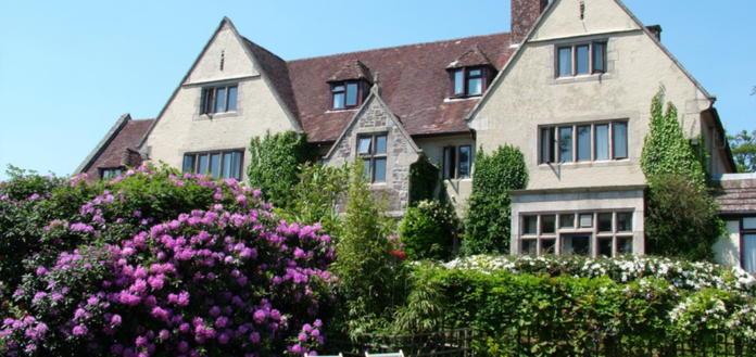 tennis-tourist-Manor-House-Dartmour-courtesy Manor House